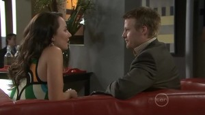 Mia Silvani, Oliver Barnes in Neighbours Episode 5410