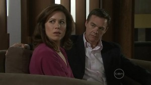 Rebecca Napier, Paul Robinson in Neighbours Episode 5410