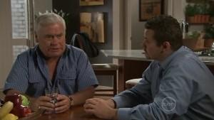 Lou Carpenter, Toadie Rebecchi in Neighbours Episode 5411