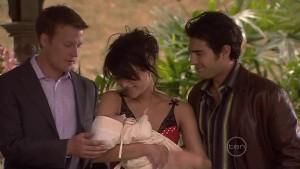 Oliver Barnes, Carmella Cammeniti, Chloe Cammeniti, Marco Silvani in Neighbours Episode 5411
