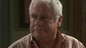 Lou Carpenter in Neighbours Episode 5412