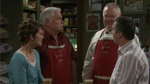 Susan Kennedy, Lou Carpenter, Harold Bishop, Karl Kennedy in Neighbours Episode 5414