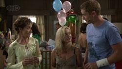 Susan Kennedy, Samantha Fitzgerald, Dan Fitzgerald in Neighbours Episode 5430