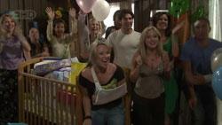 Susan Kennedy, Steph Scully, Marco Silvani, Samantha Fitzgerald, Rebecca Napier, Dan Fitzgerald in Neighbours Episode 5430