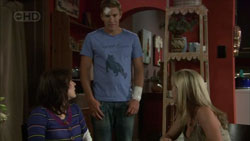 Rosie Cammeniti, Dan Fitzgerald, Samantha Fitzgerald in Neighbours Episode 5430