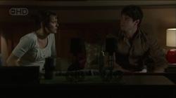 Rosie Cammeniti, Frazer Yeats in Neighbours Episode 5432