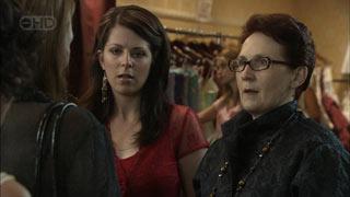 Miranda Parker, Jane Cosi, Melody Jones in Neighbours Episode 5449