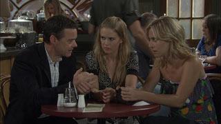Paul Robinson, Elle Robinson, Kirsten Gannon in Neighbours Episode 5449