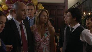 Steve Parker, Dan Fitzgerald, Miranda Parker, Zeke Kinski in Neighbours Episode 5457