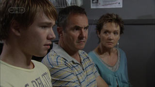 Ringo Brown, Karl Kennedy, Susan Kennedy in Neighbours Episode 5458