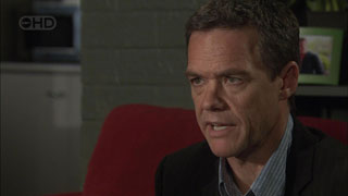 Paul Robinson in Neighbours Episode 5459