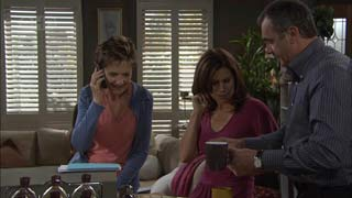 Susan Kennedy, Rebecca Napier, Karl Kennedy in Neighbours Episode 5482