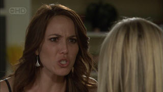 Libby Kennedy, Samantha Fitzgerald in Neighbours Episode 5483