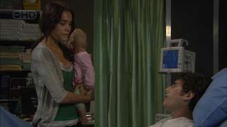 Carmella Cammeniti, Chloe Cammeniti, Marco Silvani in Neighbours Episode 5488