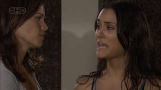 Rebecca Napier, Carmella Cammeniti in Neighbours Episode 5488