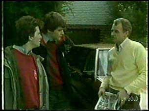 Danny Ramsay, Scott Robinson, Jim Robinson in Neighbours Episode 0123