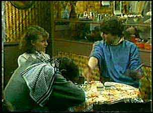 Danny Ramsay, Julie Robinson, Scott Robinson in Neighbours Episode 0124