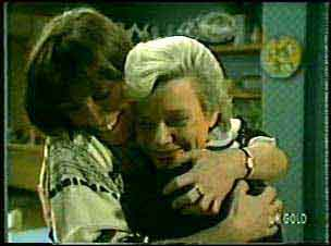 Maria Ramsay, Helen Daniels in Neighbours Episode 0124