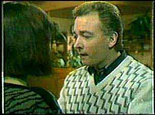Maria Ramsay, Richard Morrison in Neighbours Episode 0124