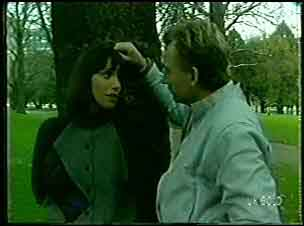 Maria Ramsay, Richard Morrison in Neighbours Episode 0126