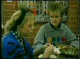 Terry Inglis, Daphne Lawrence in Neighbours Episode 0127