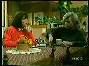 Maria Ramsay, Helen Daniels in Neighbours Episode 0127