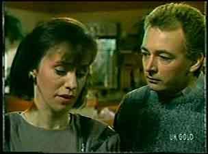 Maria Ramsay, Richard Morrison in Neighbours Episode 0128