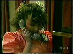 Julie Robinson in Neighbours Episode 0128