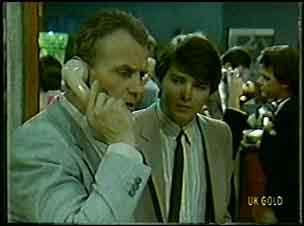 Jim Robinson, Scott Robinson, Paul Robinson in Neighbours Episode 0128