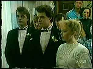 Shane Ramsay, Paul Robinson, Terry Inglis in Neighbours Episode 0129