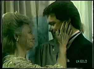 Helen Daniels, Paul Robinson in Neighbours Episode 0129
