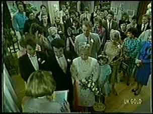 Celebrant , Shane Ramsay, Paul Robinson, Terry Inglis, Lucy Robinson, Jim Robinson, Helen Daniels in Neighbours Episode 0129