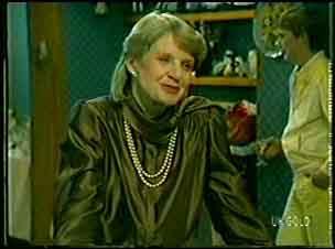 Gwen Simpson in Neighbours Episode 0129