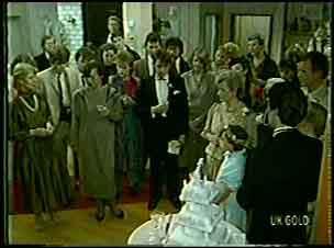 Gwen Simpson, Daphne Clarke, Shane Ramsay, Helen Daniels, Lucy Robinson, Paul Robinson in Neighbours Episode 0129