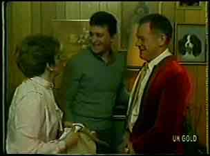 Eileen Clarke, Des Clarke, George Young in Neighbours Episode 0132