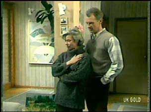 Helen Daniels, Jim Robinson in Neighbours Episode 0133