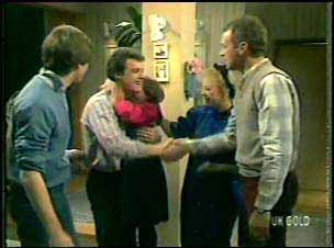 Scott Robinson, Paul Robinson, Lucy Robinson, Terry Inglis, Jim Robinson in Neighbours Episode 0133