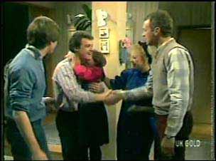 Scott Robinson, Paul Robinson, Lucy Robinson, Terry Inglis, Jim Robinson in Neighbours Episode 0133