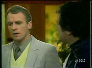 Jim Robinson, Max Ramsay in Neighbours Episode 0134