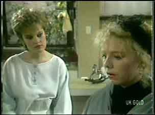 Daphne Clarke, Terry Inglis in Neighbours Episode 0134