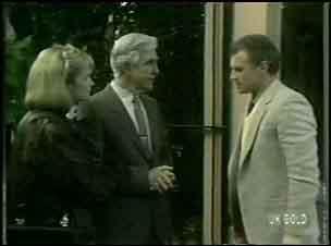 Amanda Blake, Douglas Blake, Jim Robinson in Neighbours Episode 0134