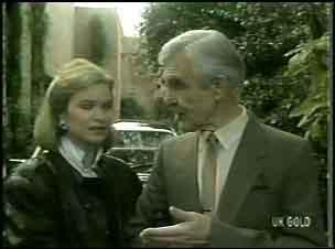 Amanda Blake, Douglas Blake in Neighbours Episode 0134