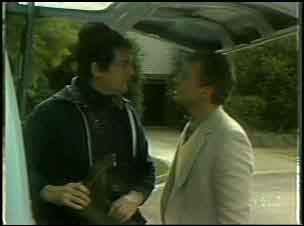 Max Ramsay, Jim Robinson in Neighbours Episode 0134