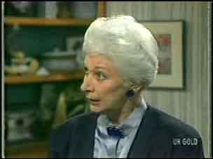 Bess Robinson in Neighbours Episode 0135