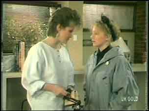Daphne Lawrence, Terry Inglis in Neighbours Episode 0135