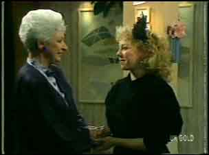 Bess Robinson, Terry Inglis in Neighbours Episode 0135