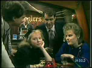 Terry Inglis, Daphne Lawrence in Neighbours Episode 0135