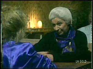 Terry Inglis, Bess Robinson in Neighbours Episode 0136