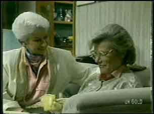 Bess Robinson, Helen Daniels in Neighbours Episode 0137