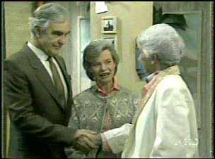 Douglas Blake, Helen Daniels, Bess Robinson in Neighbours Episode 0137